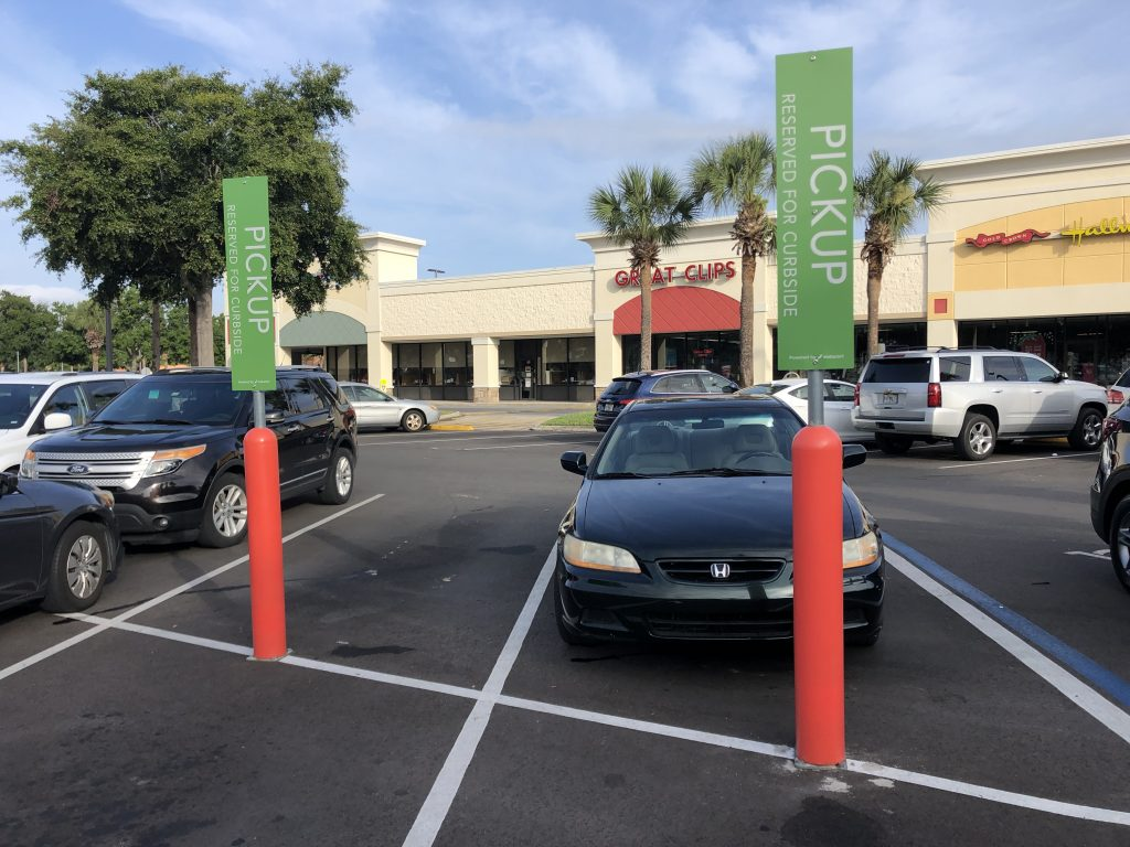 FlexPost FlexBollard with Signpost - Retail Grocery Store Installation
