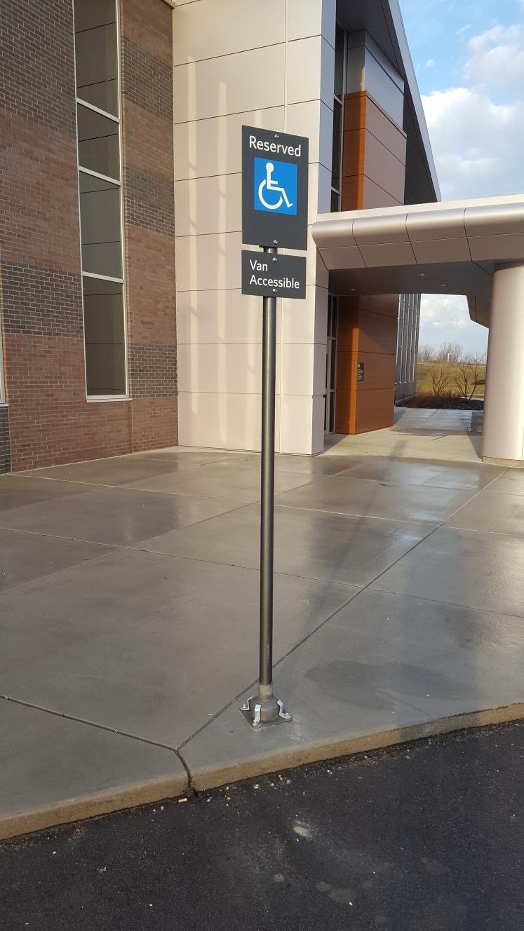 ADA Parking Using a FlexPost XL Signpost - West Michigan Healthcare Facility