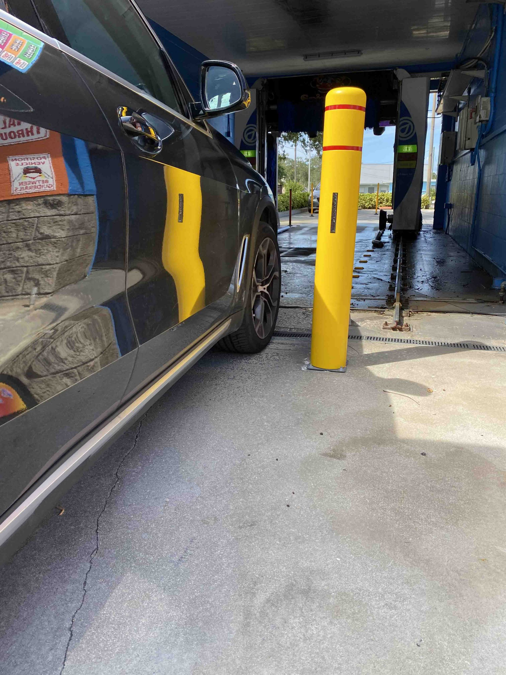 FlexPost FlexBollard-XL Car Wash Installation